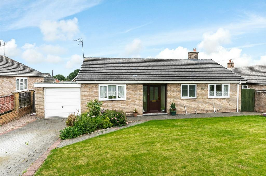 3 Bedrooms Detached Bungalow for sale in Ladbroke, Ashleigh Gardens, Highley, Bridgnorth, Shropshire