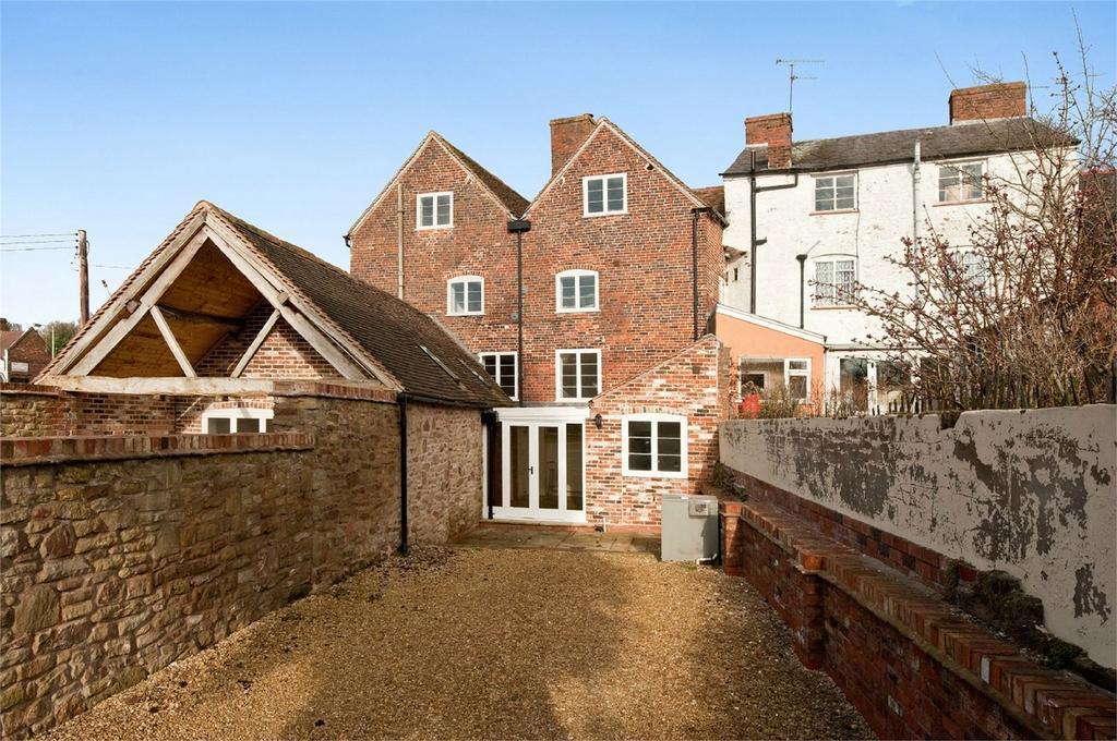 4 Bedrooms Terraced House for sale in High Street, Cleobury Mortimer, Kidderminster