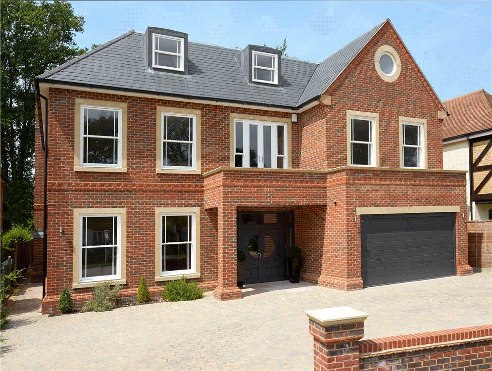 6 Bedrooms Detached House for sale in Oak Road, Cobham, Surrey, KT11