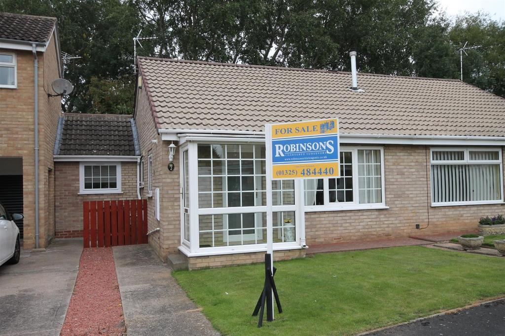 2 Bedrooms Semi Detached Bungalow for sale in Caithness Way, Darlington