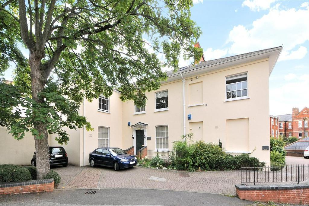 2 Bedrooms Apartment Flat for sale in The Mount, Taunton