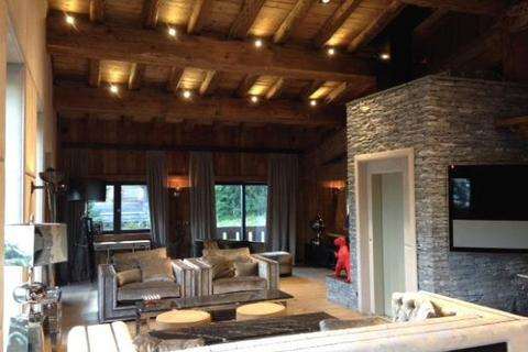 4 bedroom detached house  - Chalet With Views, Megeve