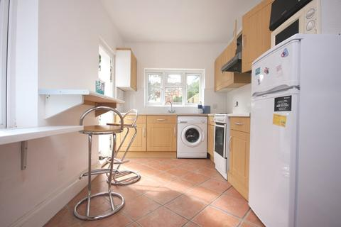 5 bedroom terraced house to rent - Hornsey Road N7 6DN