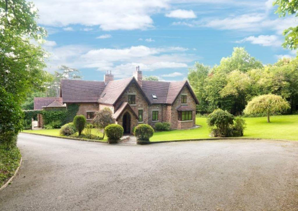 4 Bedrooms Detached House for sale in Wigfair, St Asaph