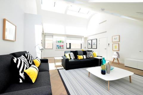 2 bedroom apartment to rent - Bedford Street, Covent Garden, WC2E