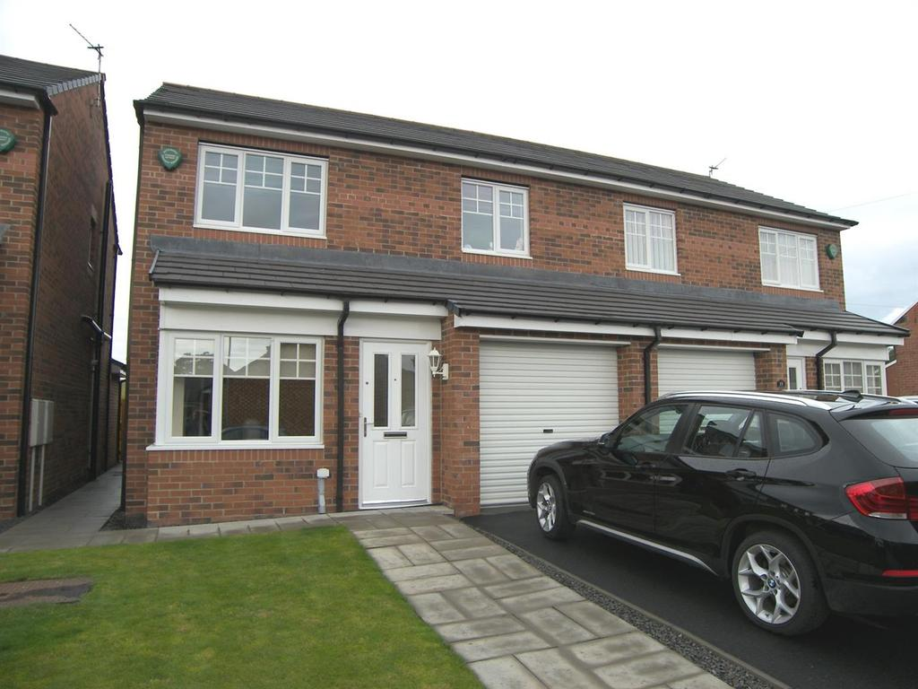 3 Bedrooms Semi Detached House for sale in Foxcover, Linton, Morpeth