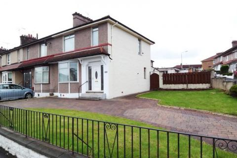 3 bedroom terraced house to rent - Aikenhead Road,  Kings Park, G44