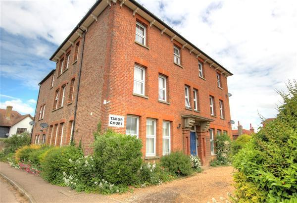 2 Bedrooms Apartment Flat for sale in Morley Drive, Horsmonden, TN12 8JD