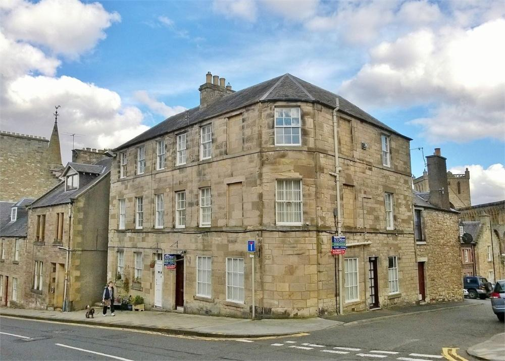 3 Bedrooms End Of Terrace House for sale in GEORGIAN TOWN HOUSE WITH GROUND FLOOR TEA ROOM., Castlegate, Jedburgh, Scottish Borders