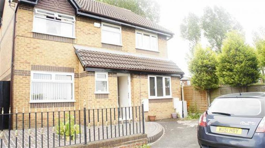 5 Bedrooms Detached House for sale in St. Josephs Drive, Rochdale, Greater Manchester. OL16