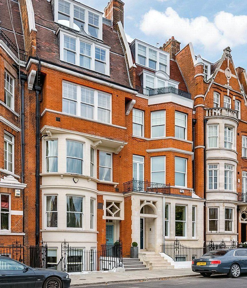 Mexican Rooftop Property Image 15 Gardens On Rooftop 2: Cheyne Place, Chelsea, SW3 7 Bed Terraced House For Sale