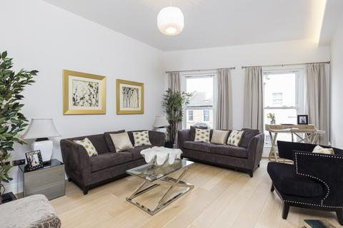 5 bedroom terraced house for sale - Gayford Road, Shepherds Bush, London, W12