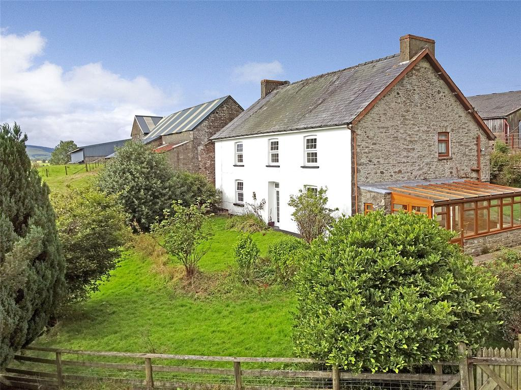 4 Bedrooms Detached House for sale in Cefn Gorwydd, Llangammarch Wells, Powys