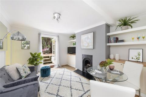 2 bedroom flat for sale - Drewstead Road, Streatham, London, SW16