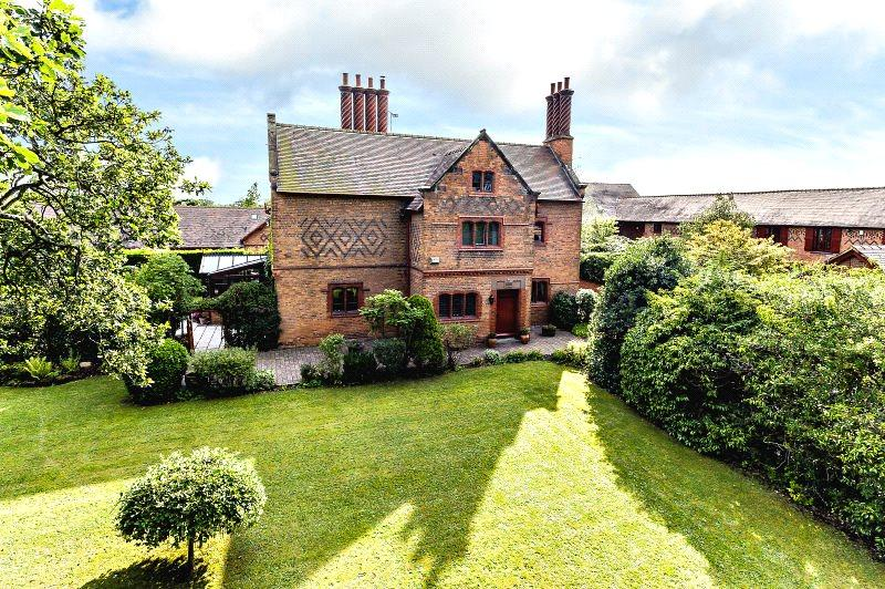 6 Bedrooms Detached House for sale in Guy Lane, Waverton, Chester, Cheshire