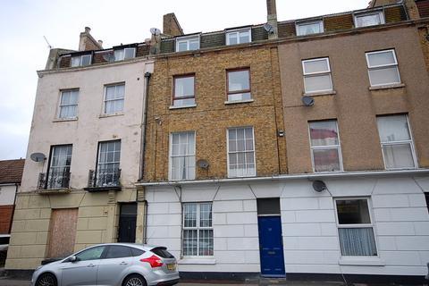 1 bedroom apartment for sale - Avenue Road, Herne Bay