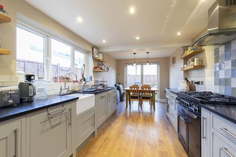 2 bedroom terraced house to rent - Alexandra Street, Cheltenham GL50 2UQ