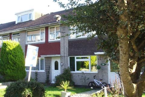 3 bedroom terraced house to rent - Burnett Close, SALTASH
