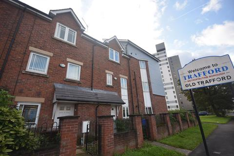 4 bedroom terraced house to rent - Chrolton Rd, Hulme, Manchester, M15 4AL