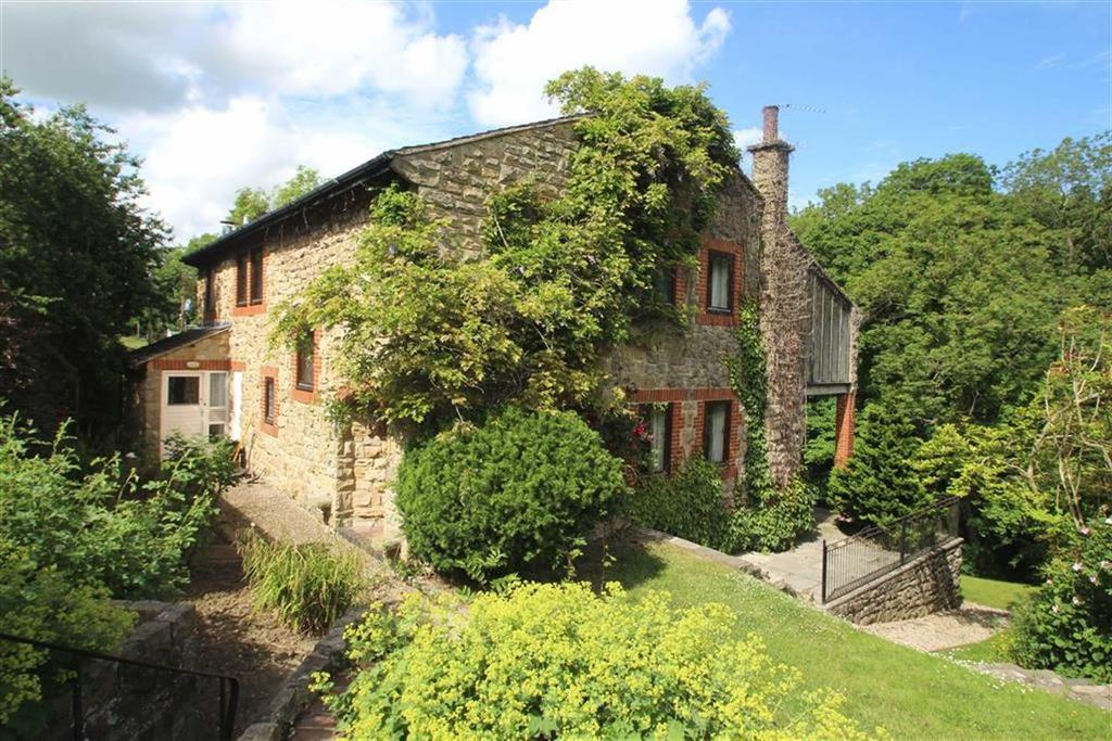 5 Bedrooms Detached House for sale in Whorlton, Barnard Castle, County Durham