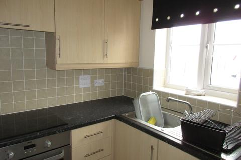 2 bedroom townhouse to rent - Newcastle Under-Lyme, Stoke-On-Trent ST5