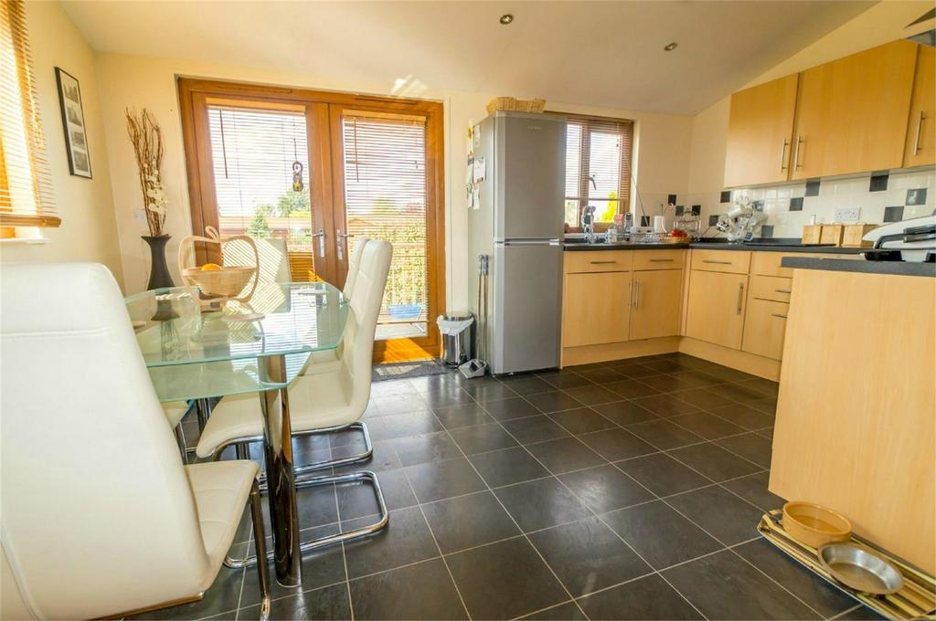 2 Bedrooms Detached Bungalow for sale in Florida Keys, Hull Road, Wilberfoss, York