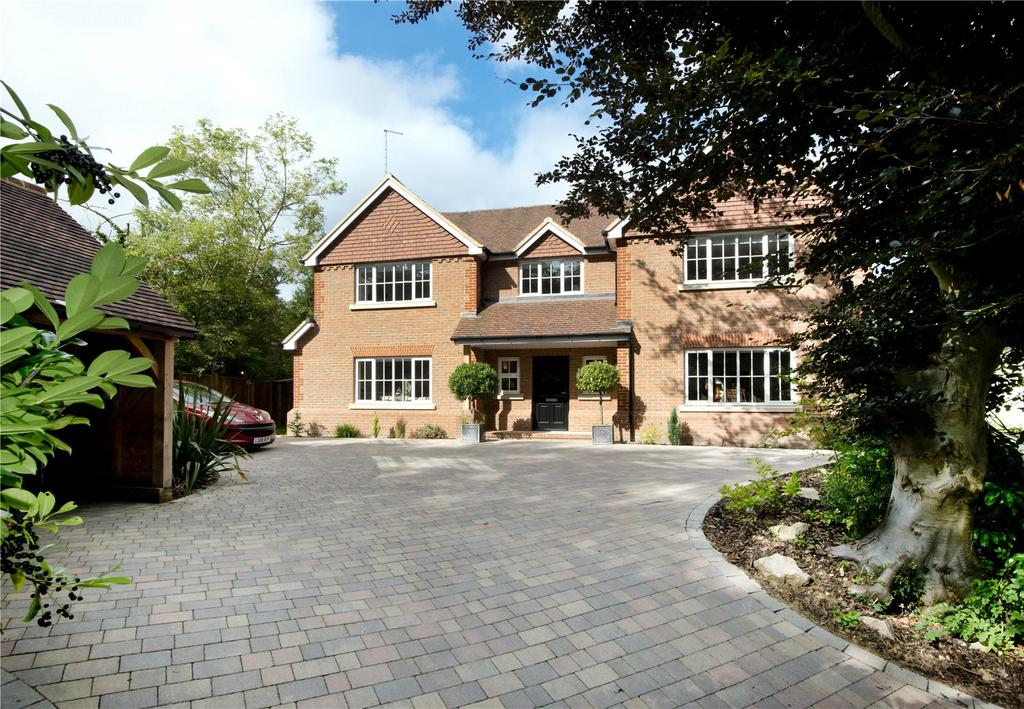 5 Bedrooms Detached House for sale in Seal Hollow Road, Sevenoaks, Kent, TN13