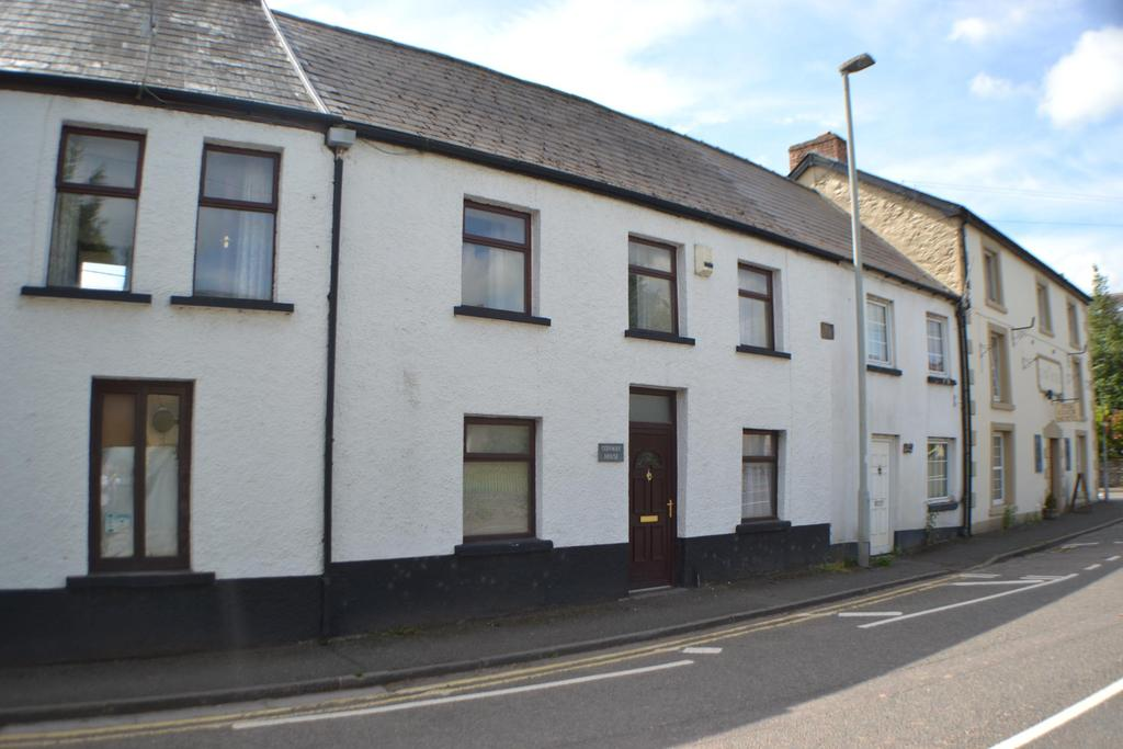 2 Bedrooms Apartment Flat for rent in Bronllys, Brecon, Powys