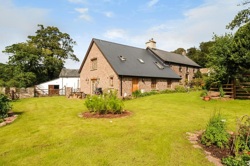 5 Bedrooms Equestrian Facility Character Property for sale in Llanfihangel-Nant-Bran, Brecon, Powys