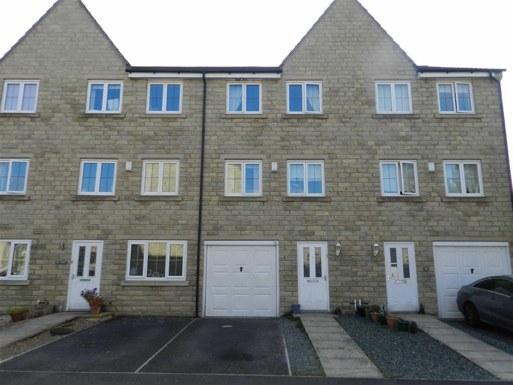 4 Bedrooms Town House for sale in Birkhead Close, Highburton, Huddersfield, HD8