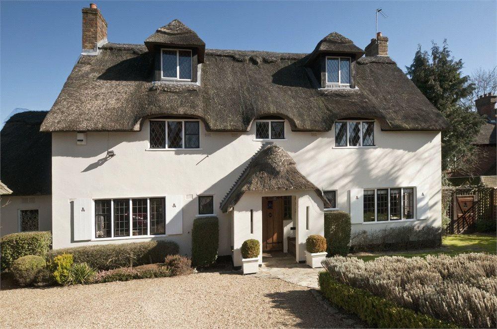 6 Bedrooms Detached House for sale in North Park, Gerrards Cross, Buckinghamshire