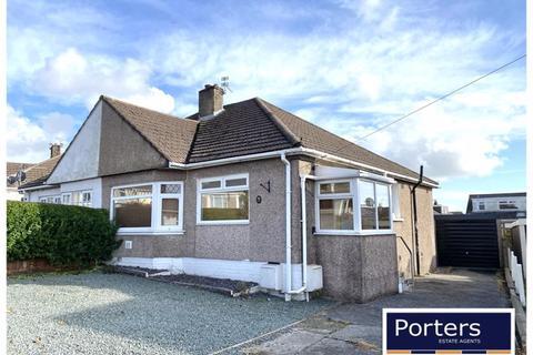 2 bedroom semi-detached bungalow to rent - Burns Crescent Cefn Glas Bridgend CF31 4PY