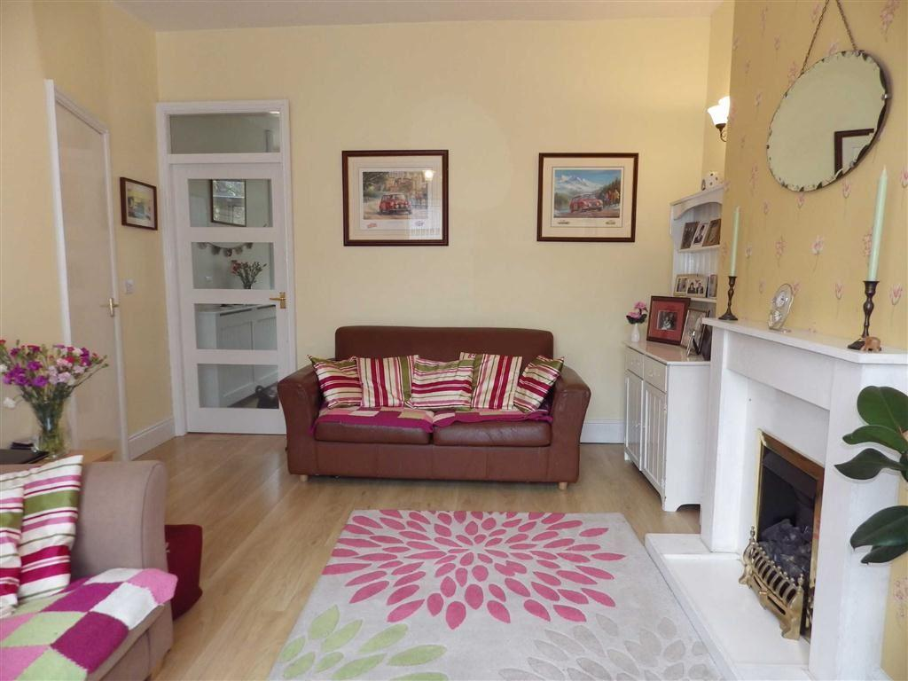 3 Bedrooms Terraced House for sale in Edgeside Lane, Waterfoot, Rossendale, Lancashire, BB4