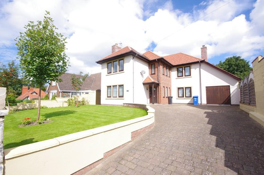4 Bedrooms Detached House for sale in Aberconway Road, Prestatyn