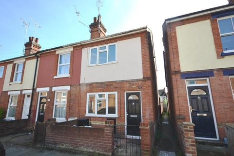 3 bedroom semi-detached house to rent - Lisle Road, Colchester, Essex, CO2