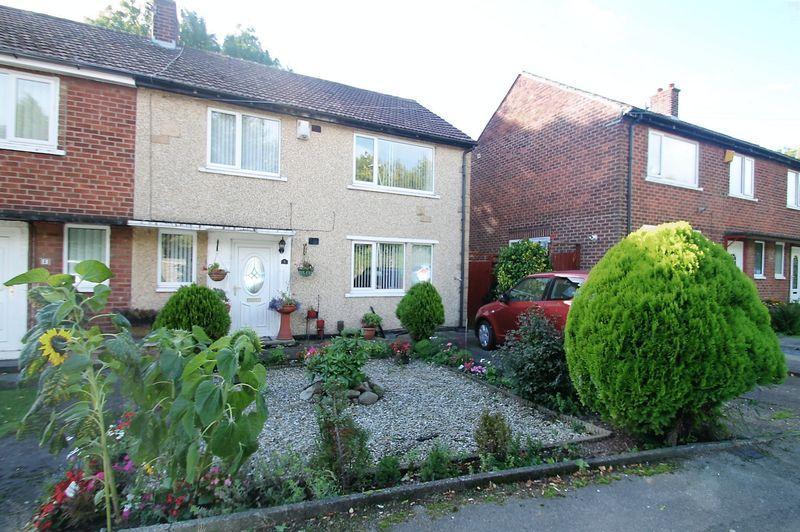 3 Bedrooms Semi Detached House for sale in Grosmont Drive, Billingham
