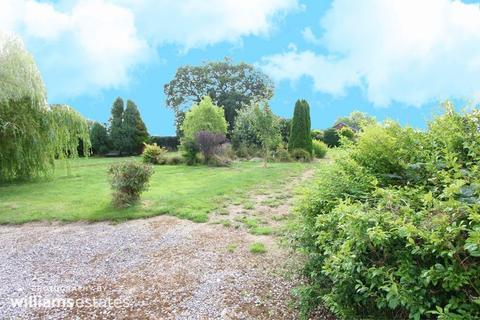 Land for sale - Llanrhaeadr, Denbigh
