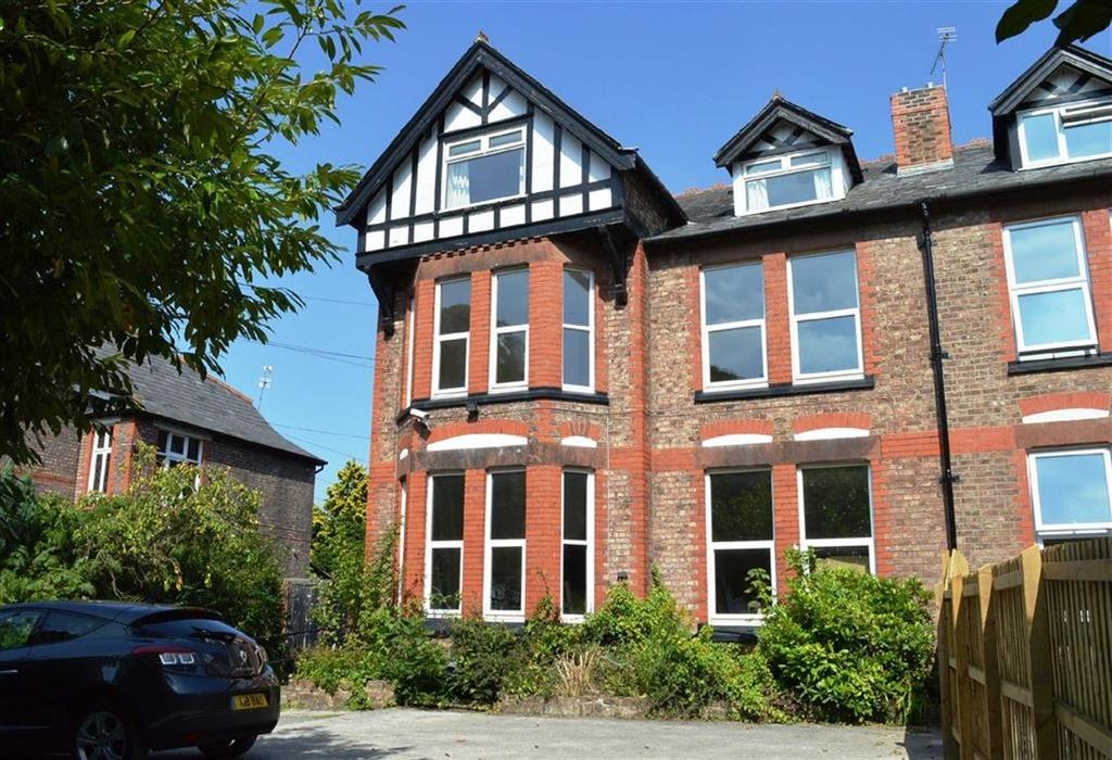 6 Bedrooms Semi Detached House for sale in Spital Road, CH62