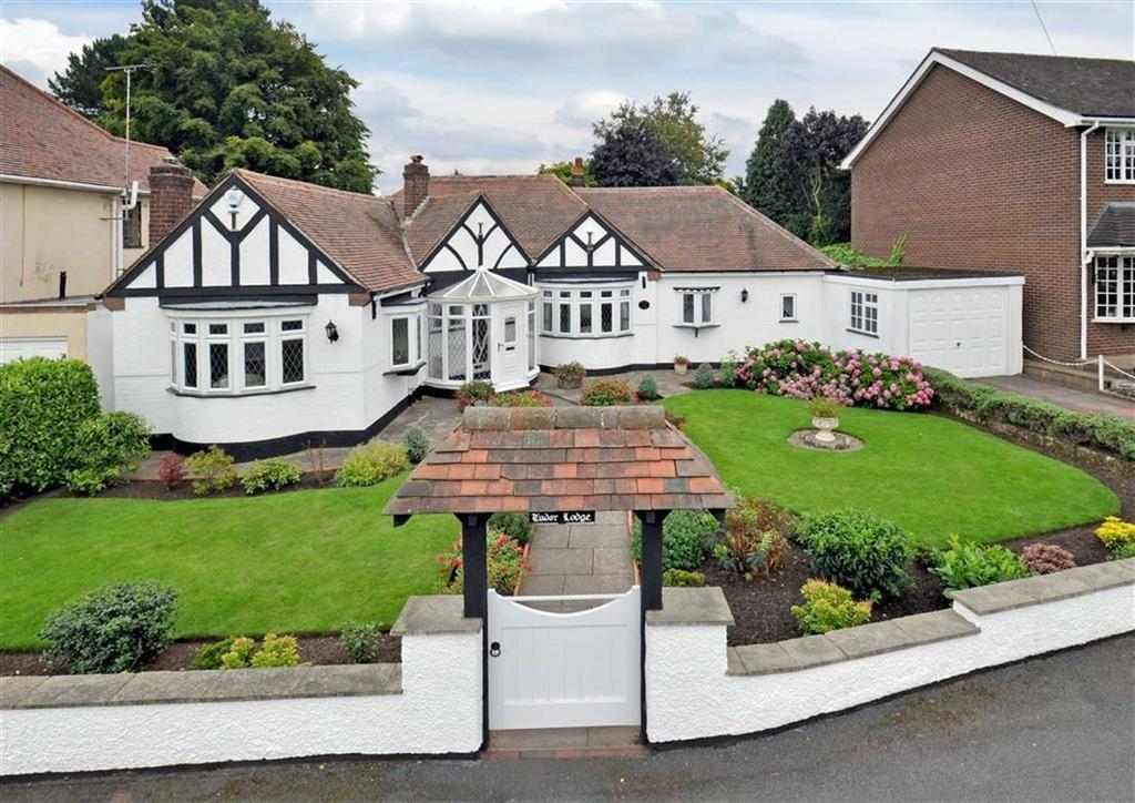3 Bedrooms Detached Bungalow for sale in Tudor Lodge, 13, Knights Avenue, Tettenhall, Wolverhampton, West Midlands, WV6