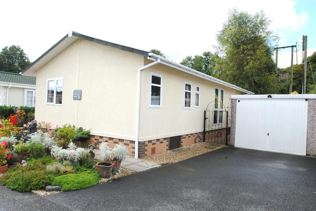 2 Bedrooms Bungalow for sale in Mill on the Mole Residential Park, South Molton