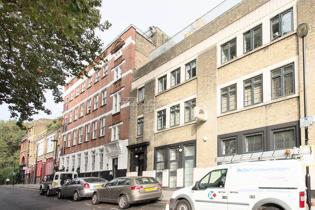 2 Bedrooms Flat for sale in Bartholomew Square EC1.