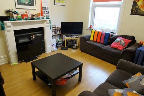 7 bedroom flat to rent - Woodsley Road