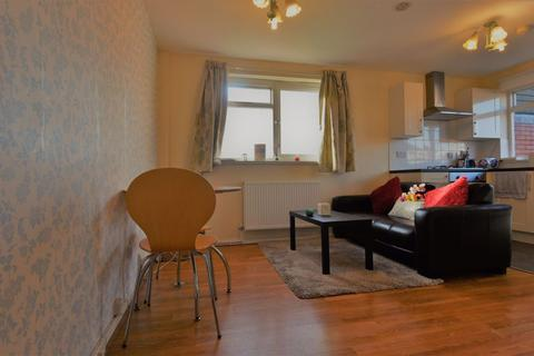 2 bedroom house - Westfield Road