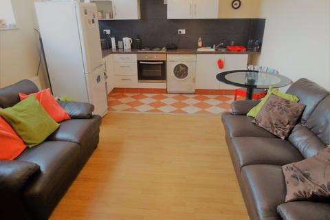 2 bedroom flat to rent - Swan With Two Necks