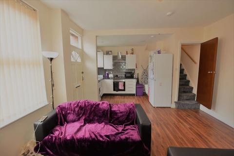 2 bedroom house to rent - Harold Place