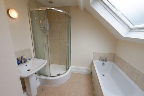 5 bedroom house to rent - St Anns Lane