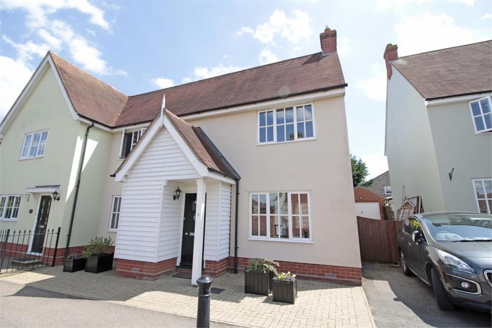 3 Bedrooms Semi Detached House for sale in Kiltie Road, Tiptree, Essex