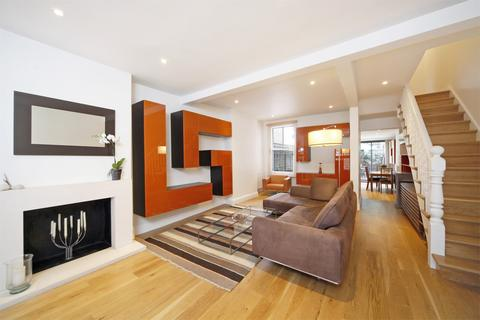 3 bedroom terraced house to rent - Kingwood Road, London, SW6