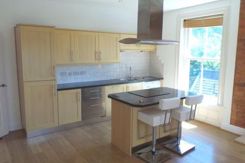 2 bedroom penthouse to rent - West Cliff, Preston