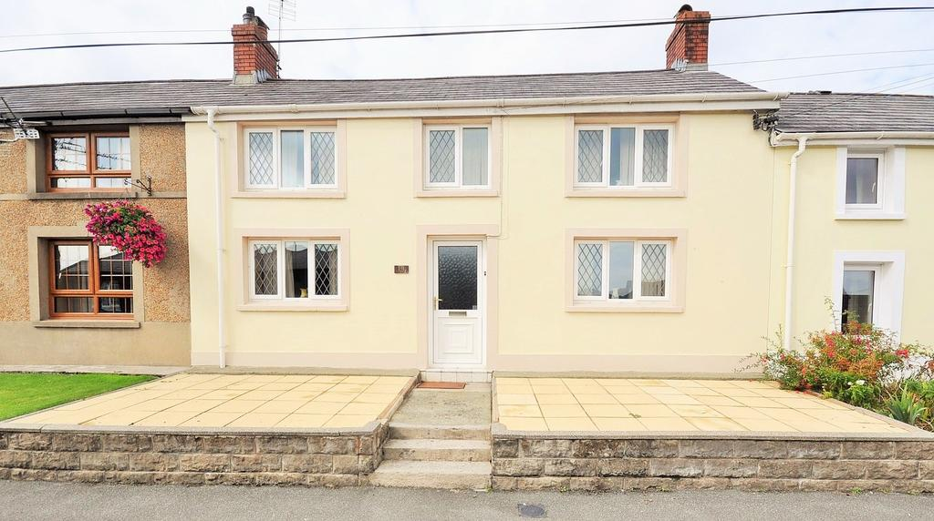3 Bedrooms Cottage House for sale in 19 High Street, Bancyfelin, Carmarthen SA33 5ND